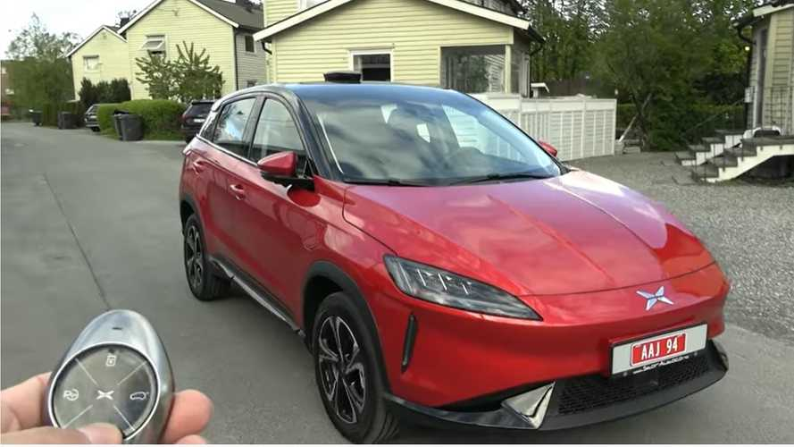 Check Out Bjorn Nyland Review The Xpeng G3 Electric SUV's Smart Features