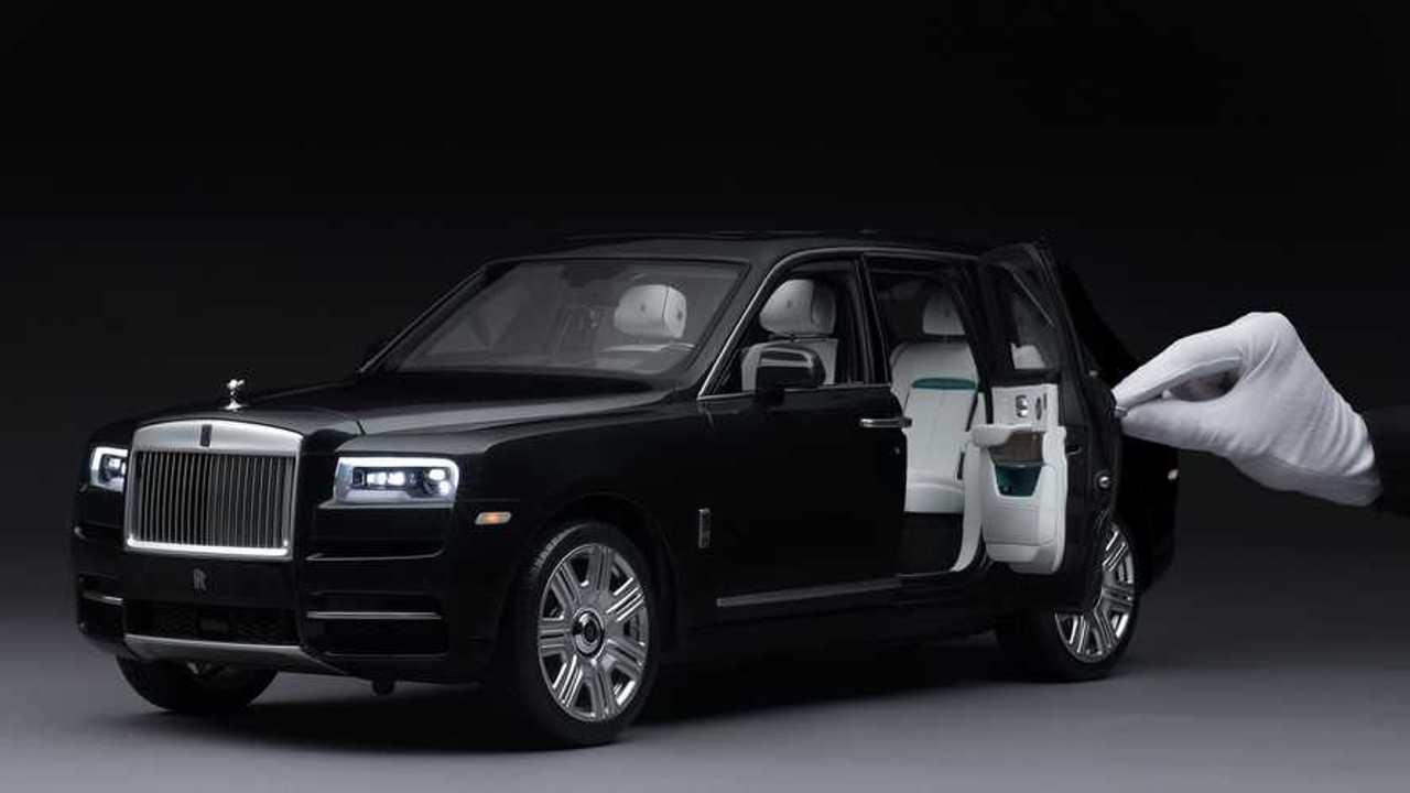 Rolls-Royce Cullinan1:8 Scale Model