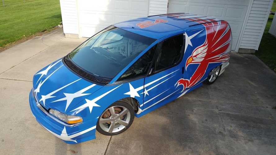Chevy Lumina APV Body On Pontiac G6 GTP Chassis Is America At Its Best