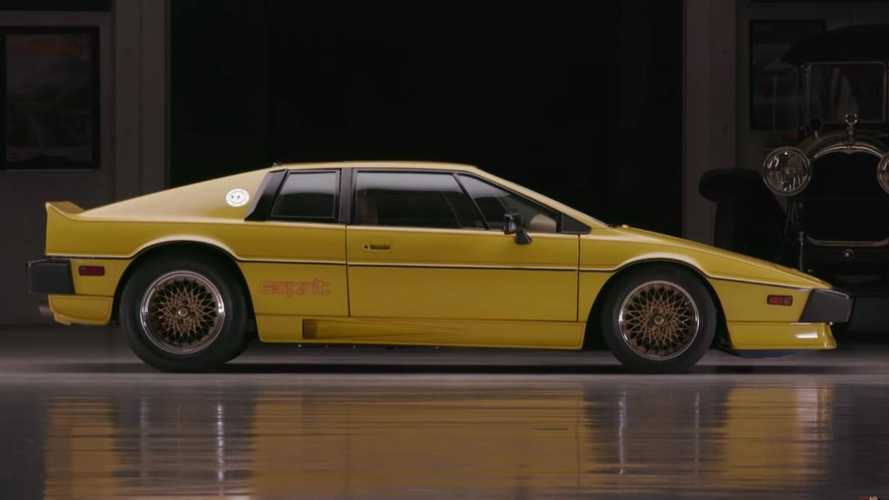 Jay Leno drives a modified 300bhp Lotus Esprit