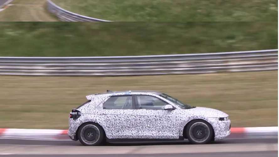 VIDÉO - Le crossover Ioniq 5 s'amuse sur le Nürburgring