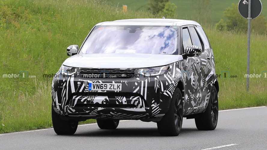 2021 Land Rover Discovery spy photos