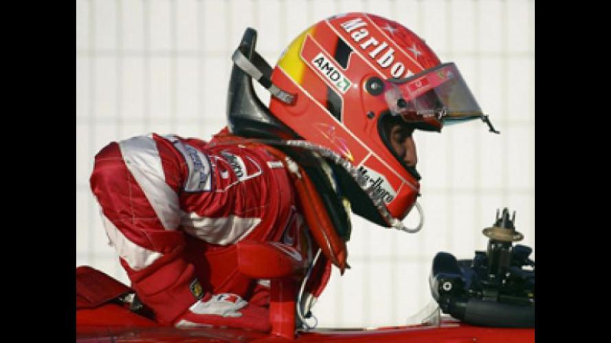 Schumacher, seguito a casa da 15 specialisti