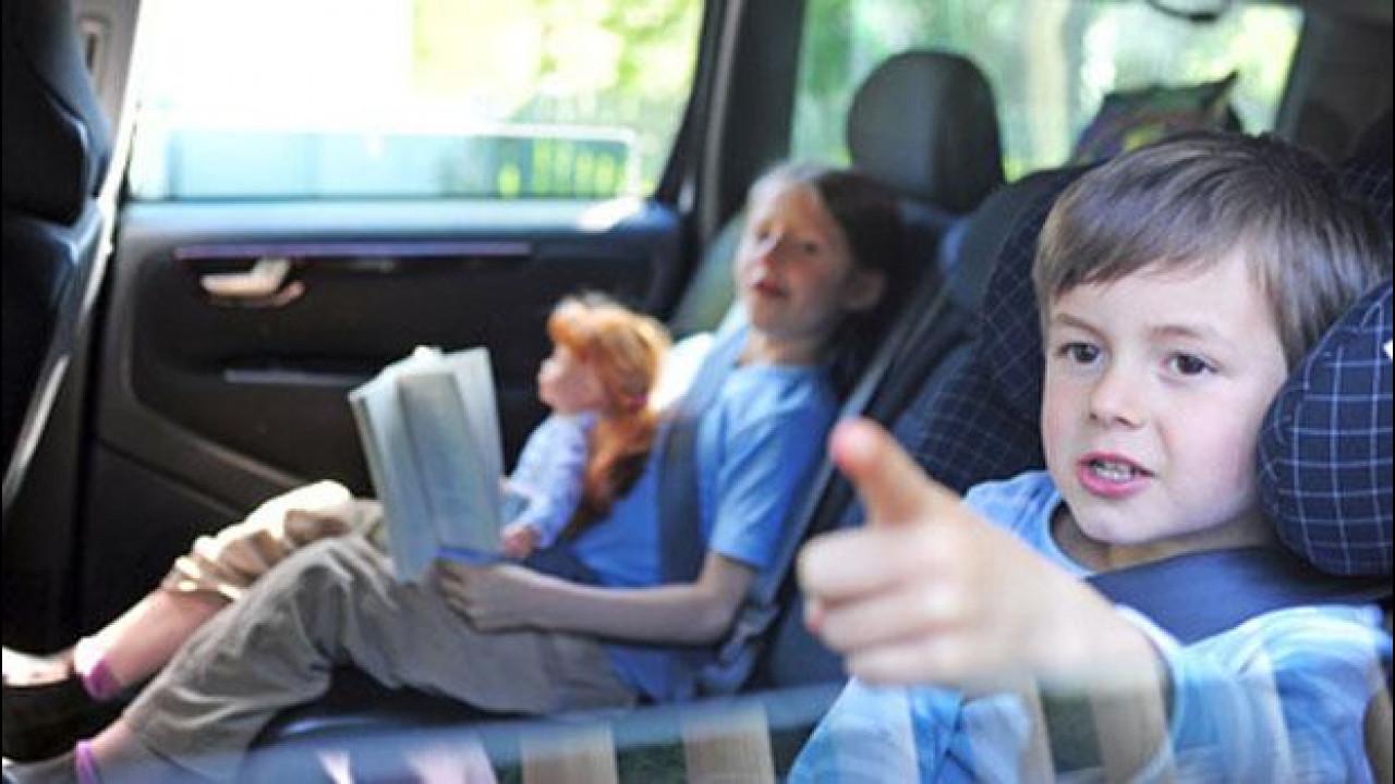[Copertina] - Sicurezza stradale, i bambini rimproverano gli adulti: