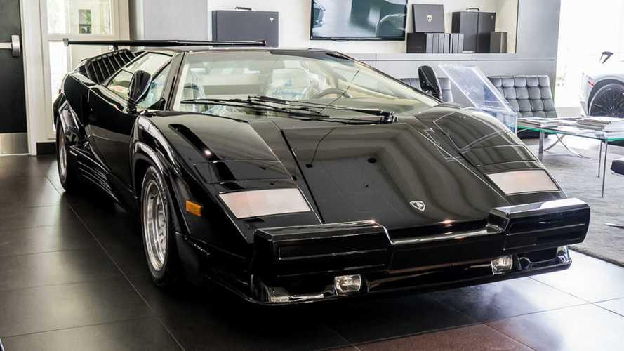 Qui veut acheter une Lamborghini Countach neuve ?