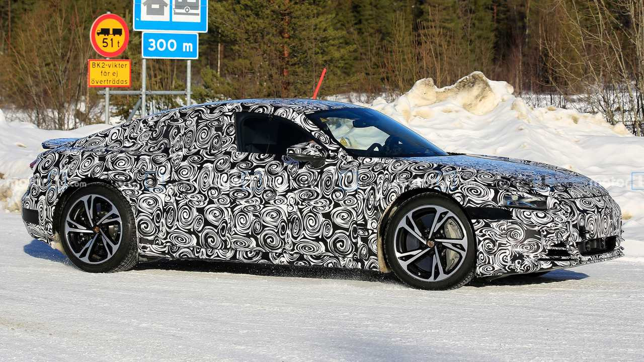 Audi E-Tron GT spy photo