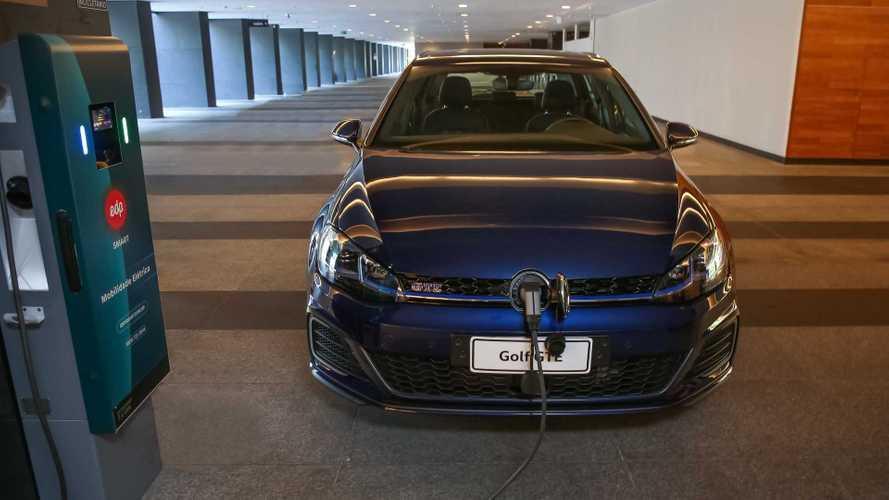 Volkswagen Golf GTE: híbrido plug-in já pode ser alugado no Brasil