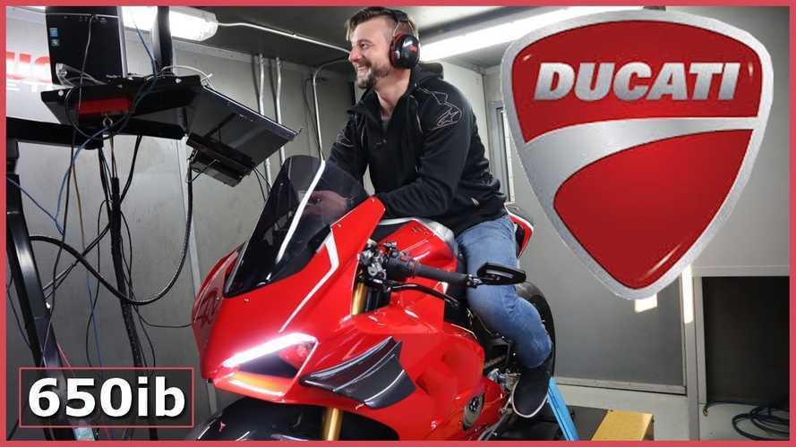 Dyno Wars: Ducati Panigale V4 Vs. Panigale V2