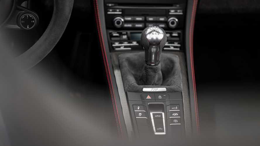 """Auto con cambio manuale e senza turbo: """"specie"""" rara, non estinta"""