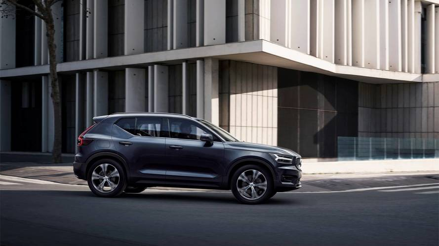 Volvo XC40 SUV debuts company's first-ever three-cylinder engine