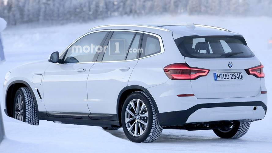 2019 BMW iX3 spy photo