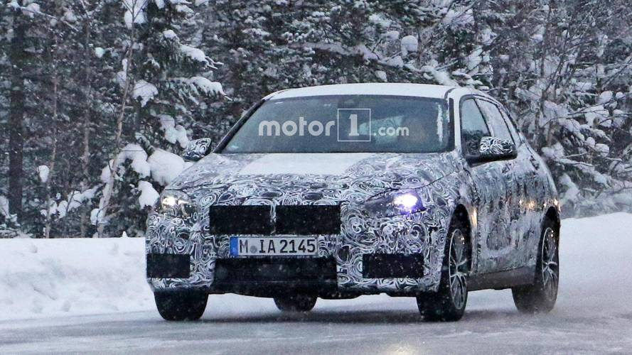 BMW 1 Series spotted with production rear lights