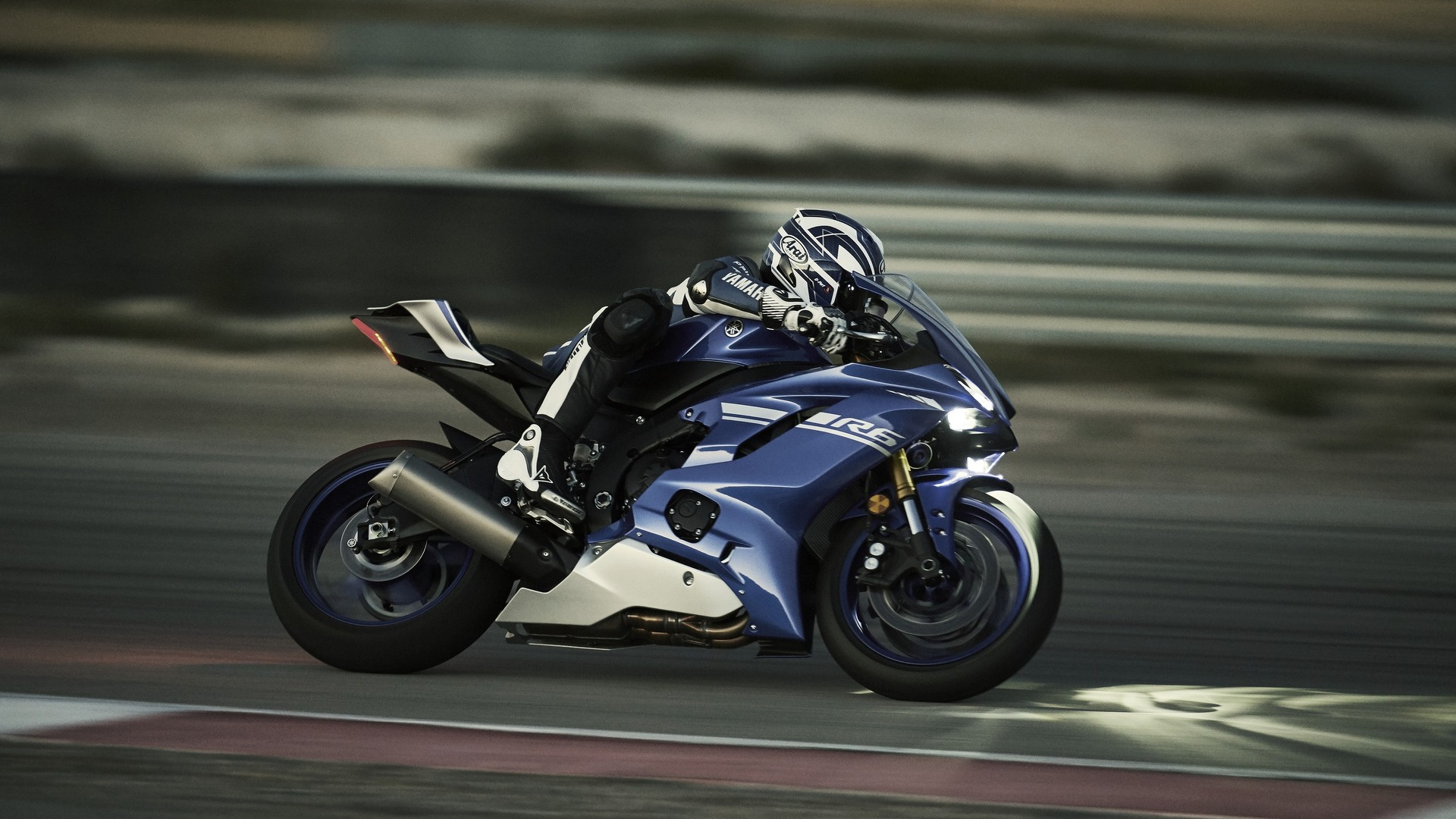 yamaha finally unveils new yzf r6