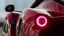 LaFerrari Aperta'nın tanıtım videosu Paris Otomobil Fuarı'nda gösterildi