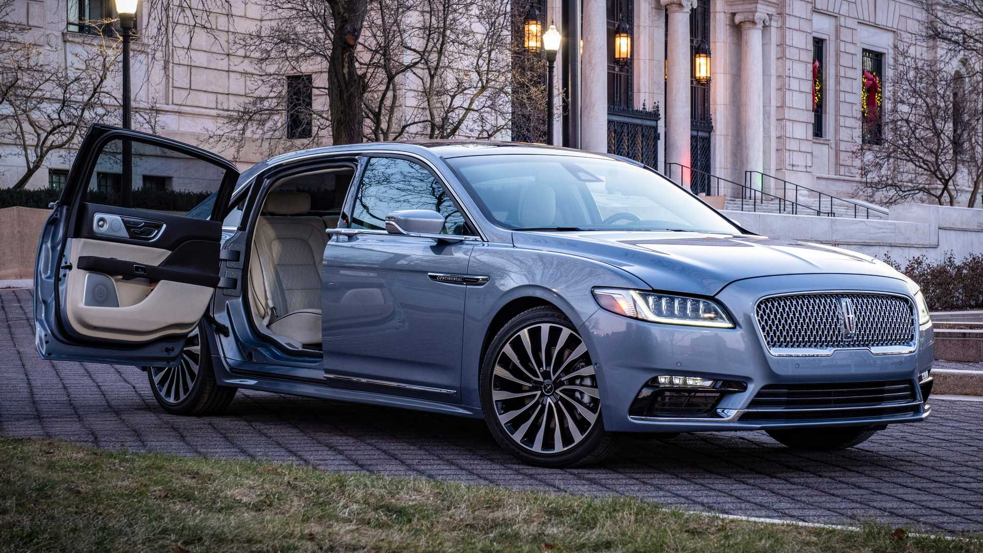 Lincoln Sedans Will Not Return In The Foreseeable Future