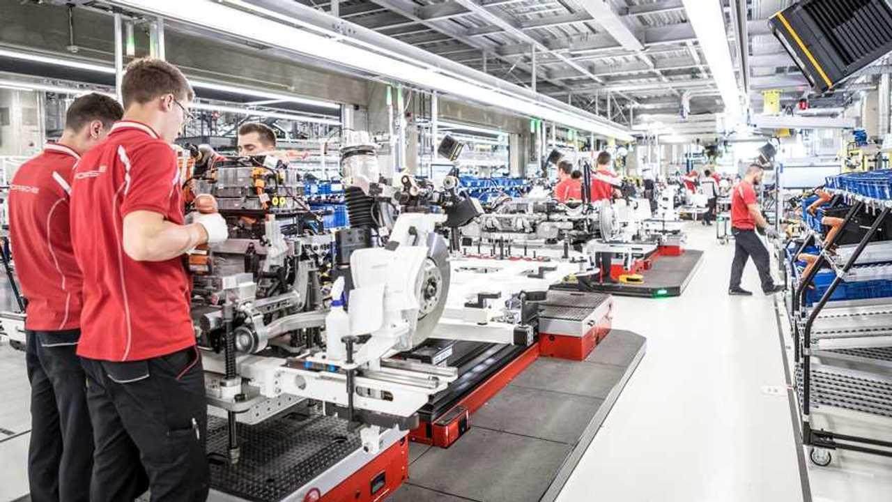 Porsche Taycan - Axle assembly at the Stuttgart-Zuffenhausen