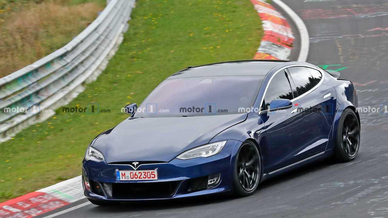 Tesla Model S Nürburgring casus fotoğraflar