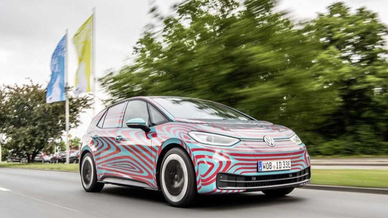 VW ID.3 getarnt auf der Straße