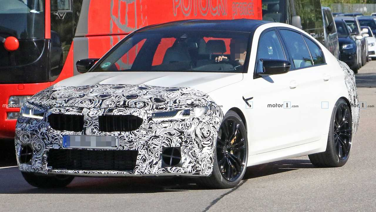 Découvrez les photos espion de la BMW M5 restylée