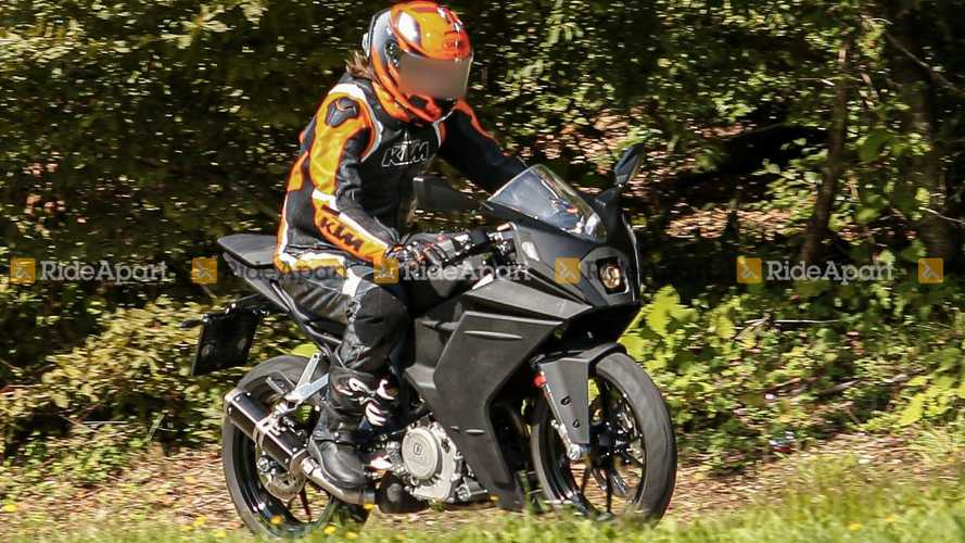 2021 KTM RC 390 Spy Shots