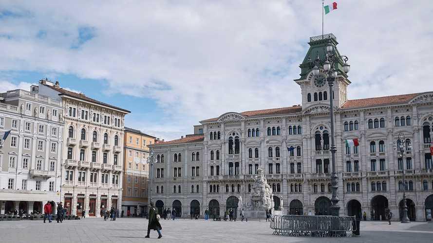 Auto elettriche a Trieste, accesso ZTL, strisce blu e agevolazioni