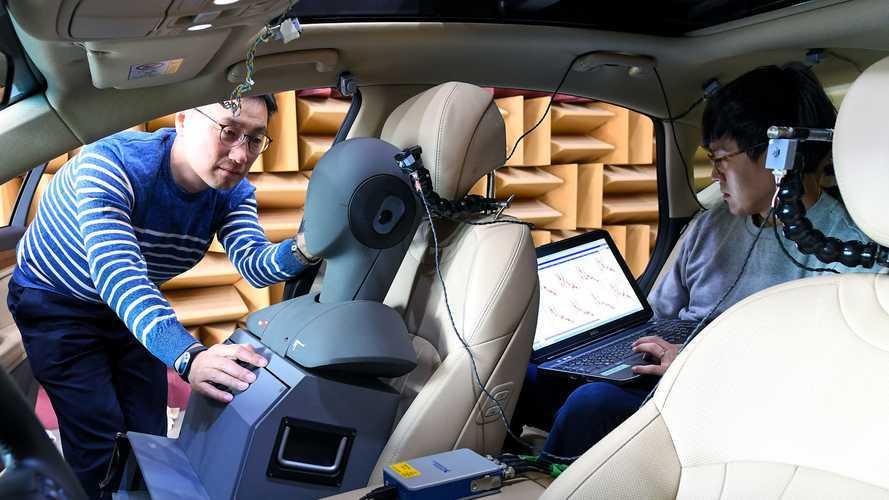 Hyundai научилась давить дорожные шумы – в прямом смысле