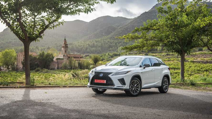 Lexus RX 2020, la prova su strada