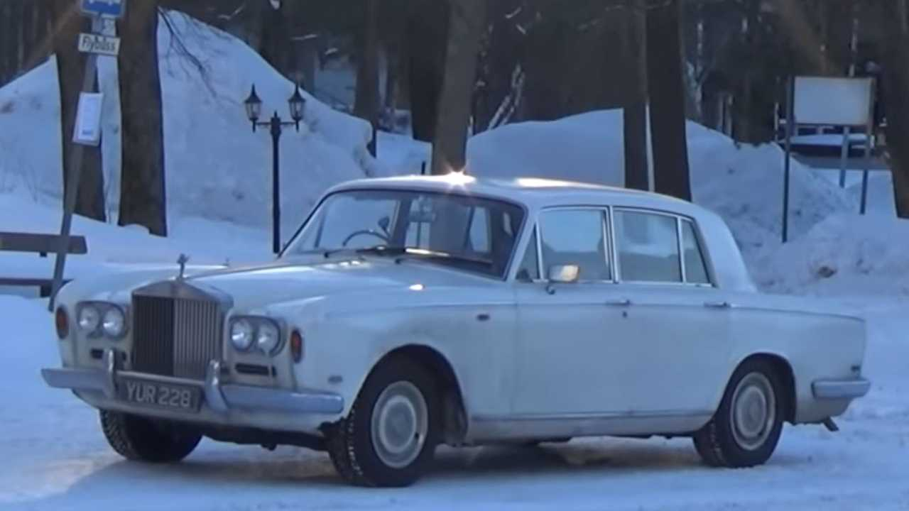 Watch A 1969 Rolls-Royce Shadow Trek To The Arctic Circle