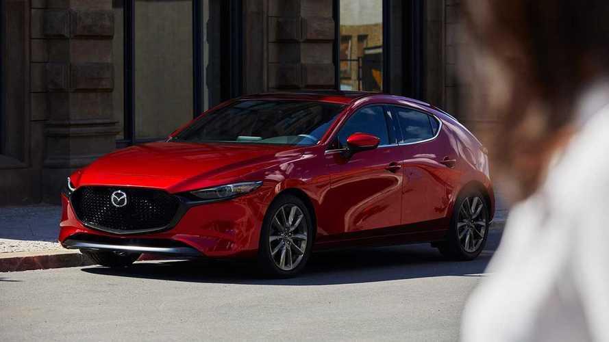 Visszahívások a Mazdánál: a 2019-es Mazda3 kereke kieshet a helyéről