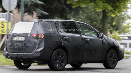 2017 Toyota Rav4 To Get Camry Inspired Styling New Six Sd Transmission
