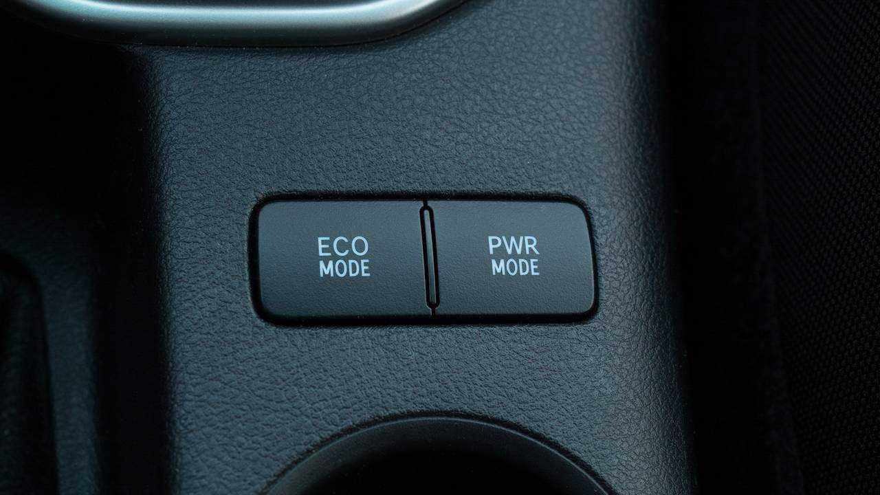 Prueba Toyota Hilux 2018 150D VXL
