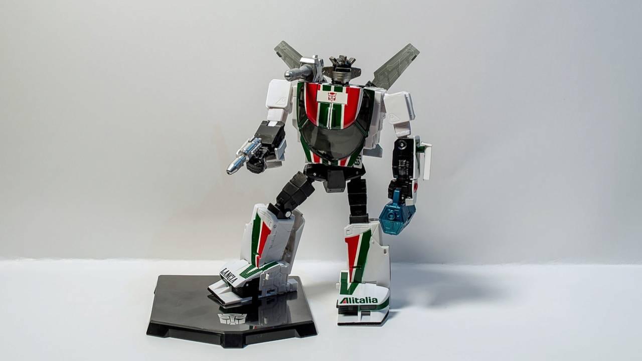 Wheeljack - Robot Mode