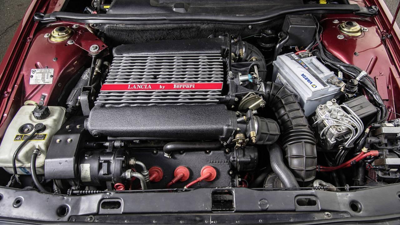 Lancia Thema 8.32 Motoru