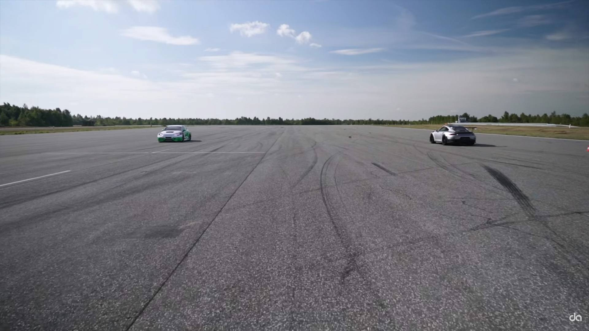 See This Electric Audi RS3 Beat A Porsche 911 GT2 RS – In