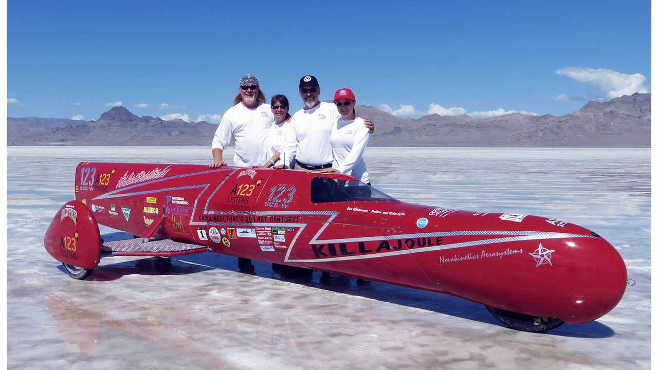 KillaJoule Sets Electric Motorcycle Speed Record At 241.901 MPH (w/videos)
