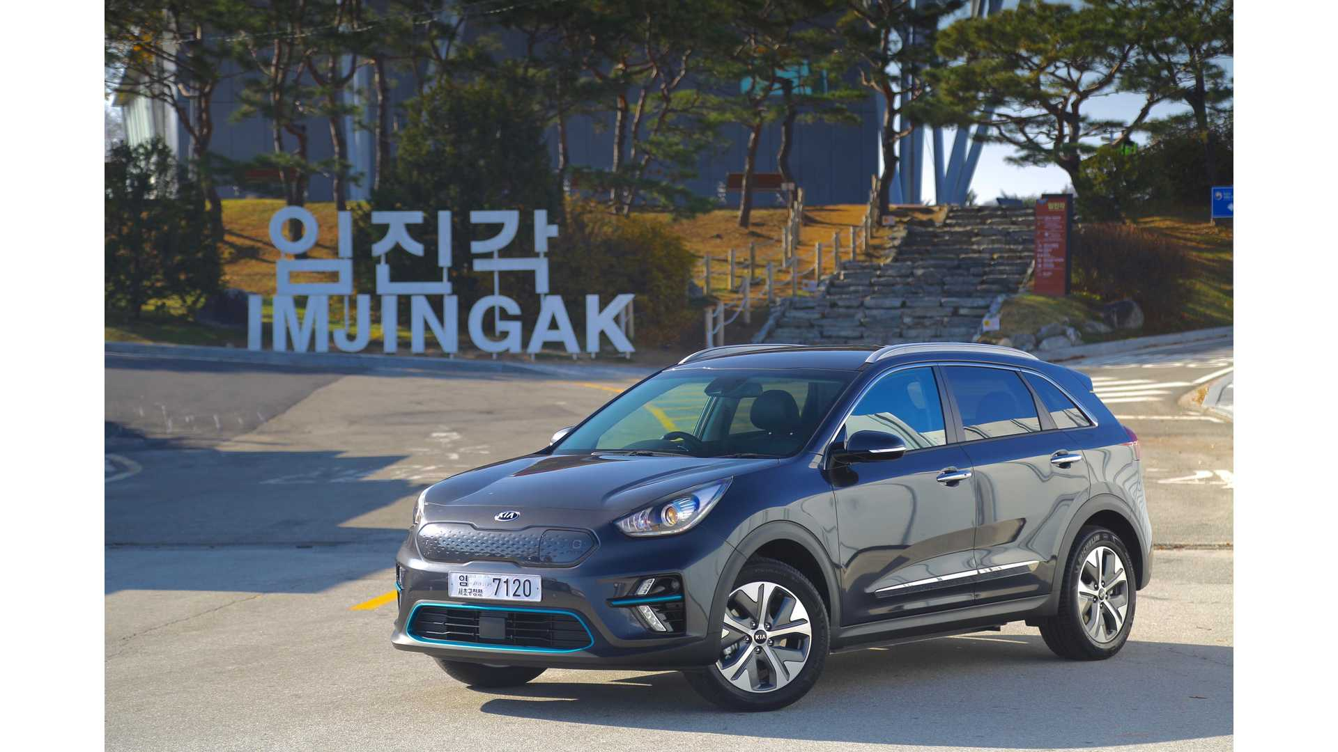 Kia Niro EV Gets Tested By Fully Charged: Video