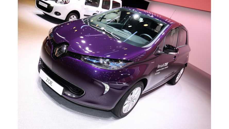 Renault ZOE At The Geneva Motor Show - Photos & Video