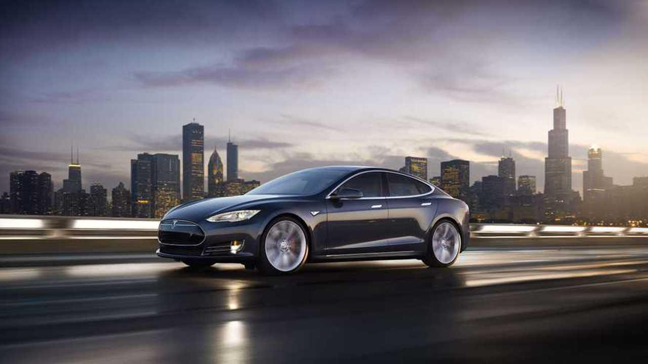 Tesla Model S11 (wallpaper 2,560 x 1,440)