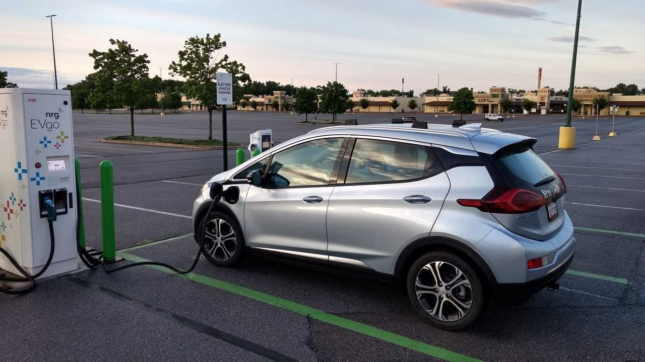 General Motors Comments On Lack Of Long-Range EVs From Other Major Automakers