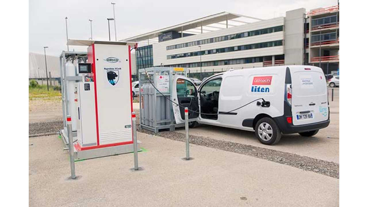Symbio FCell Expects To Deliver 1,000 Fuel Cell Kangoos In 2016