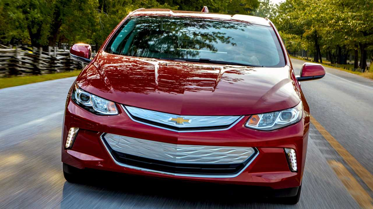 Canadian Chevy Volt Sales Down In Q4, Solid For 2018 Overall