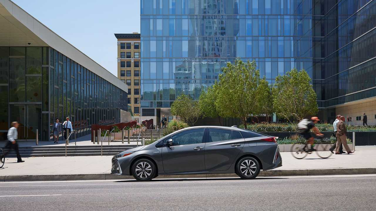 In December, Every Fourth Prius Sold Was The Plug-In Prime Version