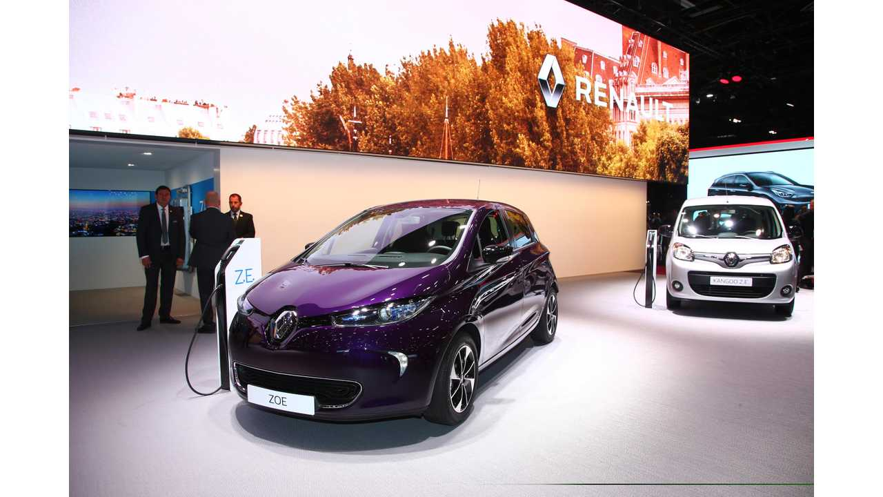 Fully Charged Talks With Renault EV Execs In Paris: Video