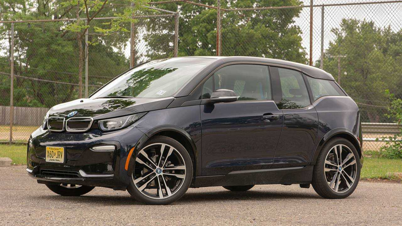 2018 BMW i3s BEV Test Drive Review: Loud, But Silent