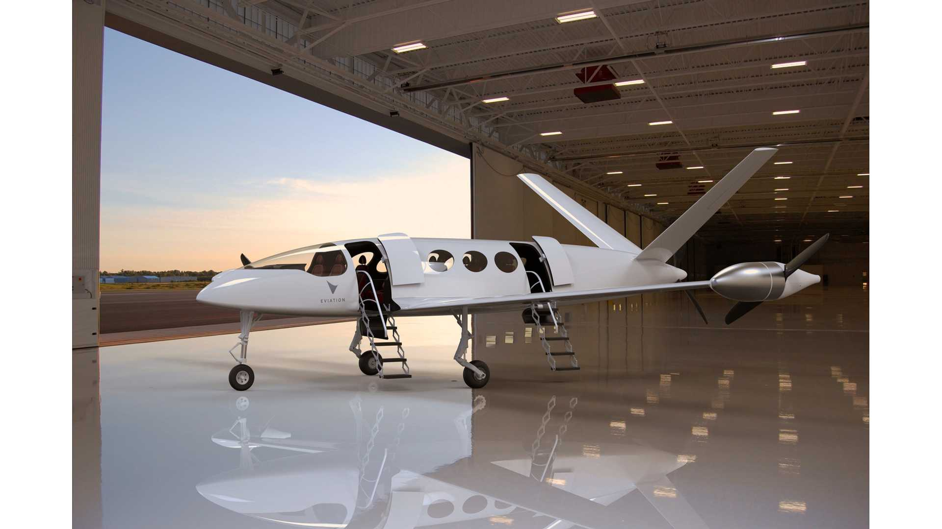This Electric Aircraft Features A 900-kWh Battery, 650-Mile Range