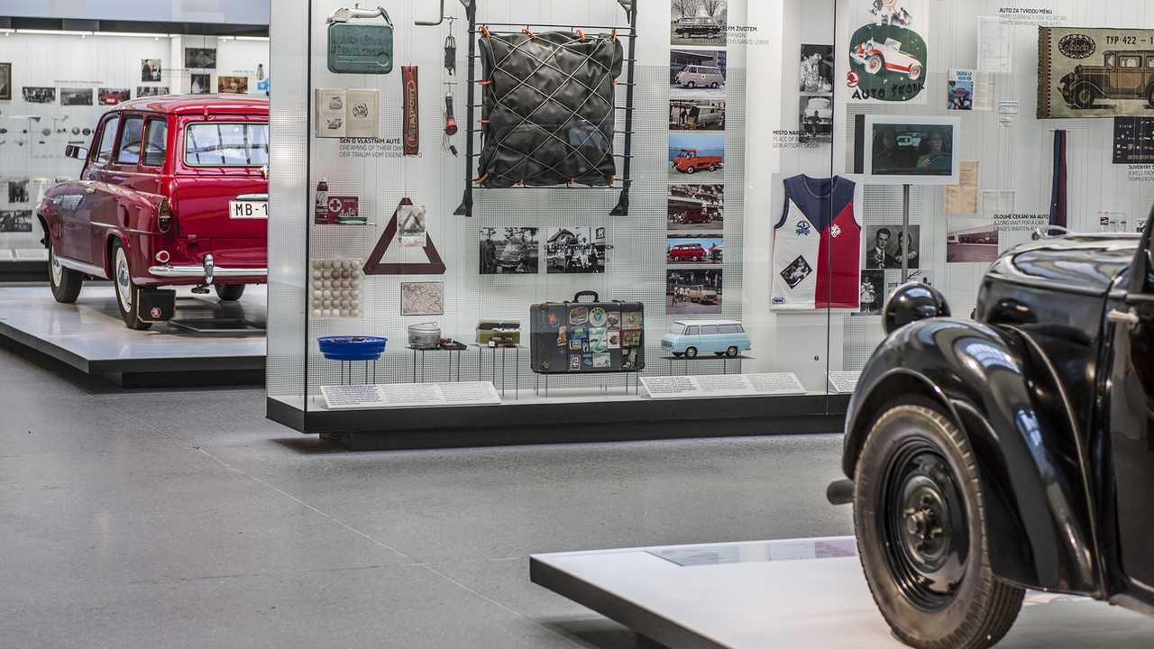 15 Amazing Car Museums You Can Visit Virtually Via Google Maps