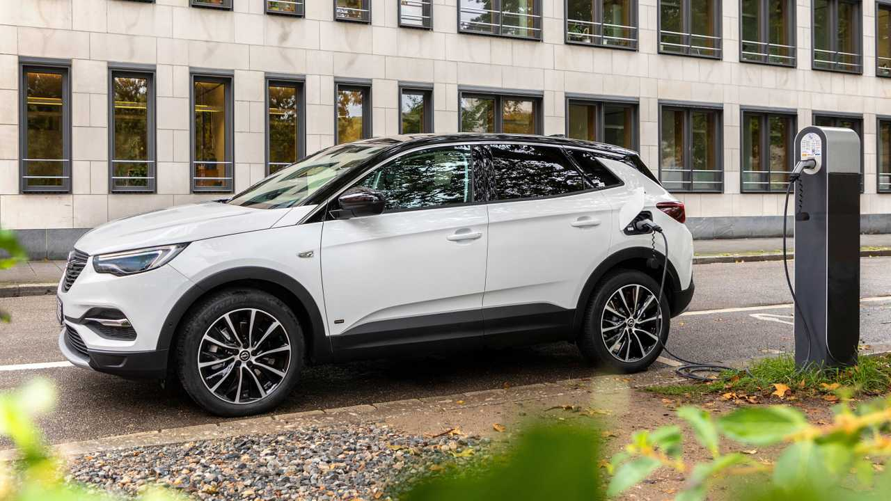 Opel Grandland X Hybrid (2020)