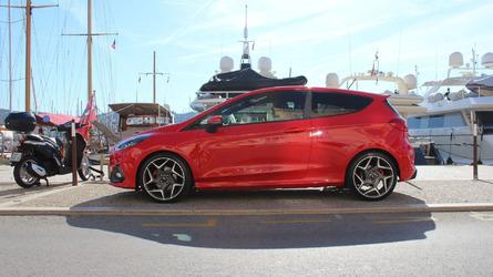 Ford Fiesta Active és ST menetpróba: jól sikerült a felező buli