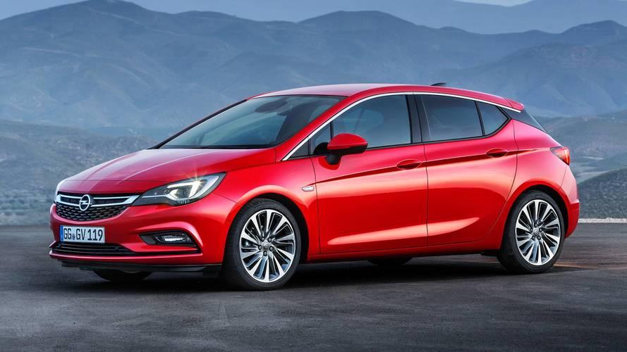 Opel Astra, ora col BiTurbo diesel