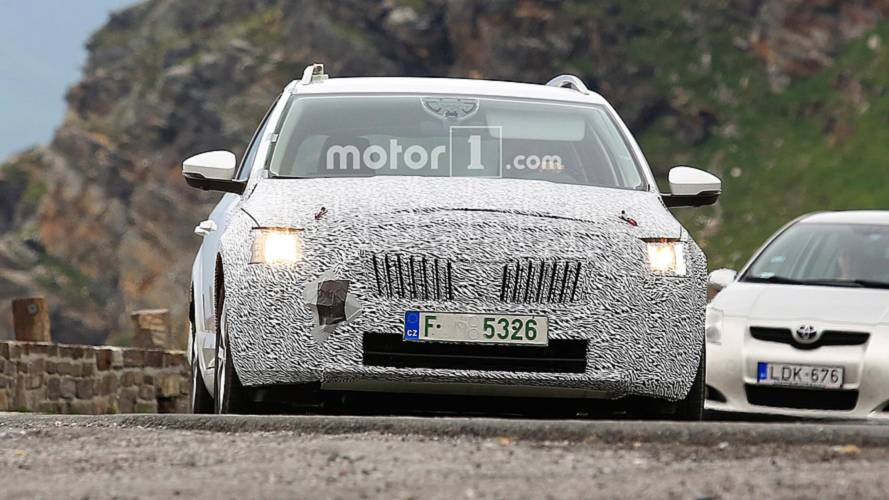2020 Skoda Octavia Test Mule Spy Shots